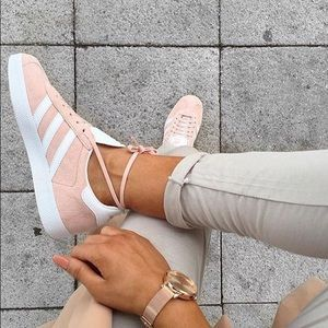 Women's Vapour Pink Adidas Gazelle Sneakers